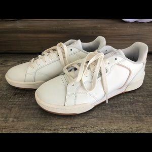 Adidas Roguera trainers white size 7.5